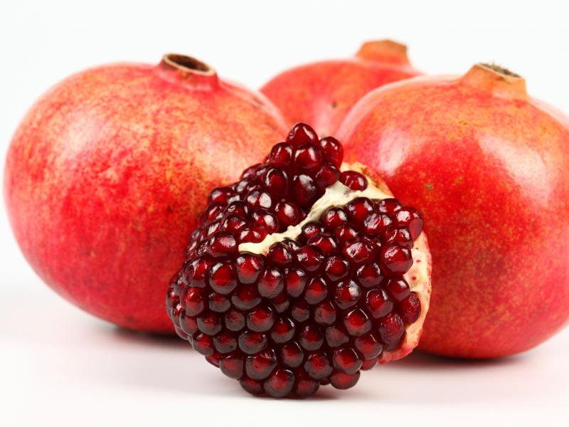 Pomegranate-for-Babies2.jpg